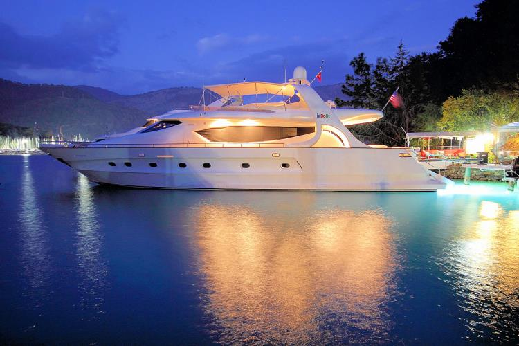 IRDODE,MOTOR YACHTS, Yachts for Rent, Yacht Charter, Yacht Rental